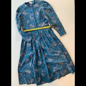 Midi vintage Laura Ashely dress